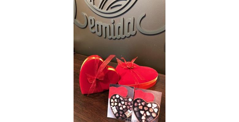 Les coffrets chocolats pour la Saint Valentin sont arrivés chez Léonidas Auchan !