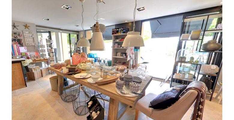 carte shopping points shopping le cerisier blanc 06130 grasse. Black Bedroom Furniture Sets. Home Design Ideas